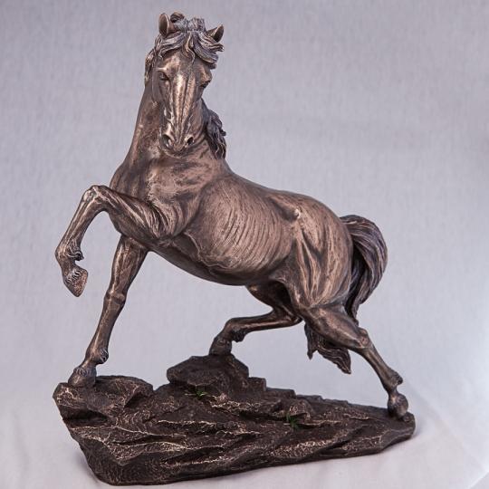 "Статуэтка ""Конь на скале"" (31 см) (73443A4)"