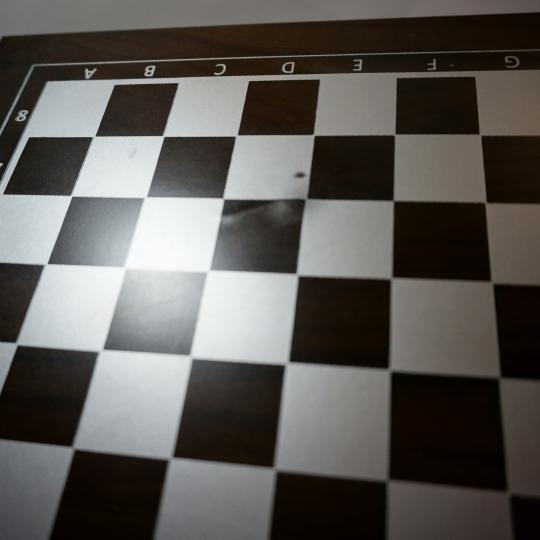 """Подарочный набор """"Шахматы+покер"""", потертости на внешней поверхности доски (00BR-8138-011/1)"""
