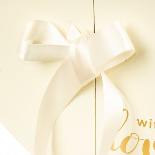 """Коробка """"Влюбленность"""" (white) (018YA-wh)"""