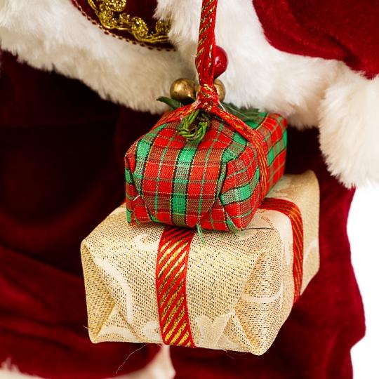 "Фигура ""Санта Клаус с коробками в руках"" (032NC)"